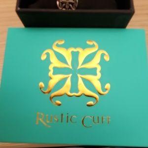 Rustic Cuff Jewelry - Rustic Cuff Meagen Wrap Green 3 PC set